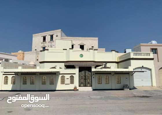 للبيع فيلا في مدينة حمد الدوار 2 على الشارع مباشر