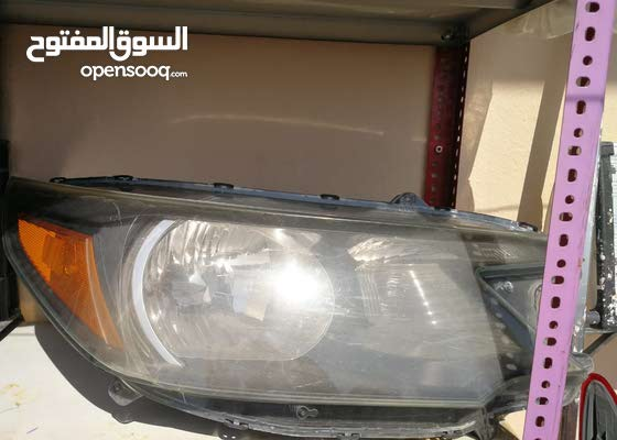 CRV headlight 2 peices right side /original