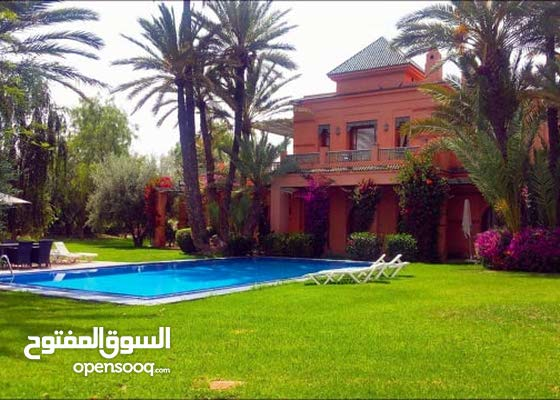 4 Bedrooms rooms Furnished Villa for rent in Jeddah city Al Aziziyah