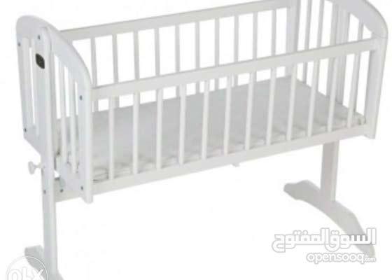 سرير اطفال جونيورز بالمرتبة و بالكرتونة