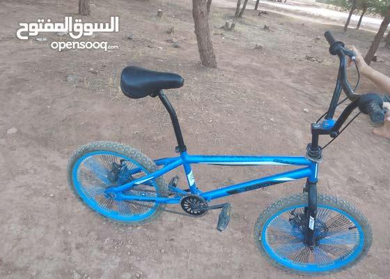 دراجة افضل من BMX عيط وشوف والسومة مليون وتسعمية وفيها لحب يشري راني مزروب يعيط