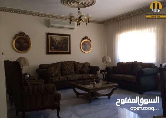 شقة للبيع في جبل عمان / مقابل اللاند مارك .