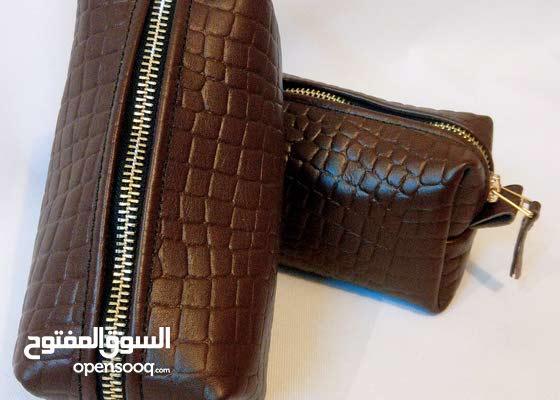 حقيبة يد جلد طبيعي صناعه يدوية