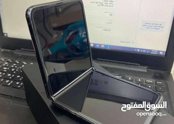 Samsung Zflip  مستخدم شبه جديد