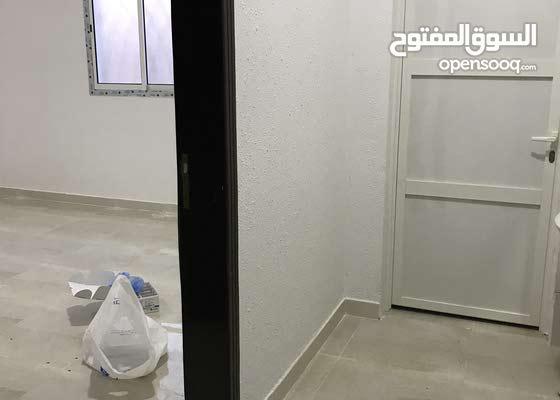 للإيجار شقة جديدة 18الف ريال