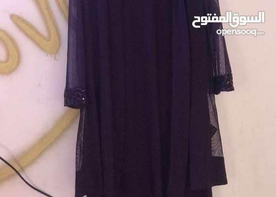 فستان يلبس قياس 44و46