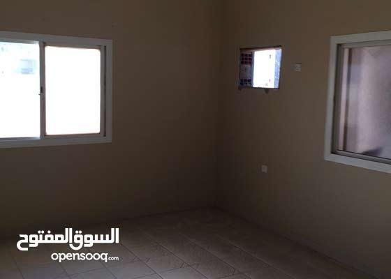 غرفه بمكيف وحمام بحي الزاهر بسعر 750 شامل الكهرباء والماء