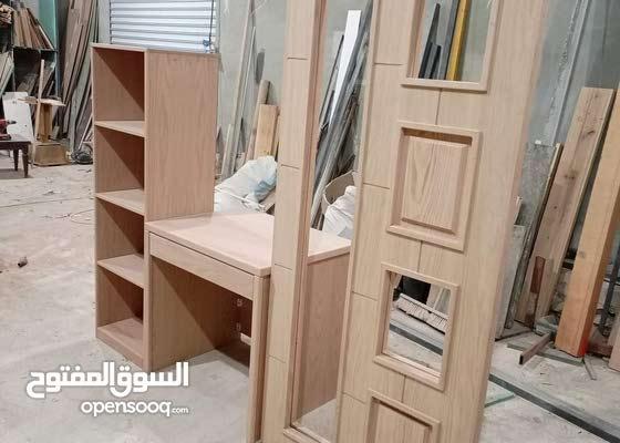 احمد لتفصيل ودهان كافة الأعمال الخشبية