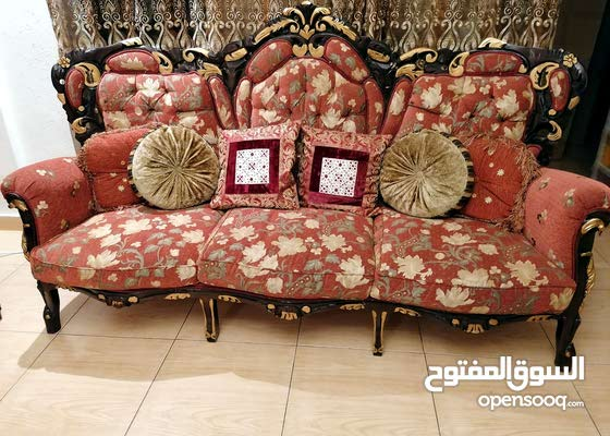 12 seater sofa set with matching curtains for sell