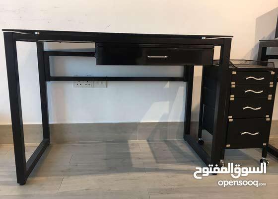 Desk+4-drawers