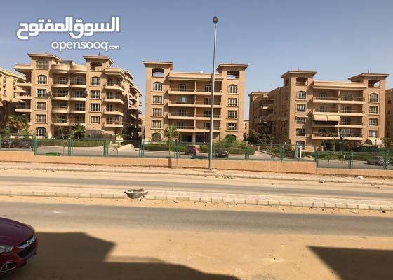 لاصحاب الاستثمار و السكن الراقى شقه هاى سوبر لوكس مساحه 190 متر
