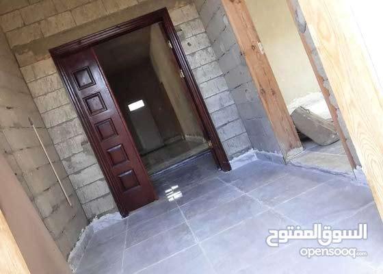 فيلا حي السلام مساحة 560م بناء حديث