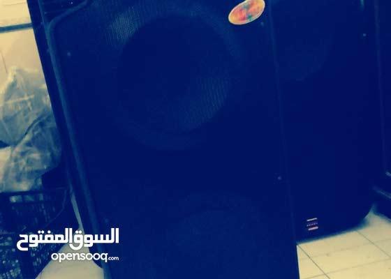 مكبرات صوت ضخمة للبيع بلوتوث ومايكروفون