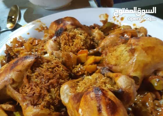 طباخ يمني خبره 25 سنه في الطبخ و افتتاح المطاعم والمطابخ وقصور الحفلات والايدارة