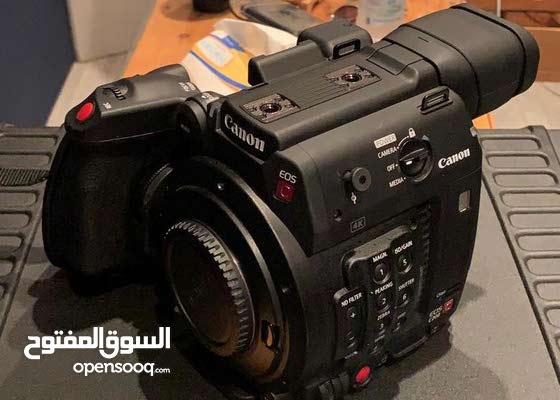 للبيع كاميرة كانون سينمائية Canon EOS c200