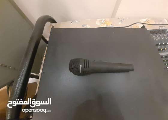 جهاز مكسر mixer Yamaha mg82cx وجهاز نداء mixer amplifier  ARB 250