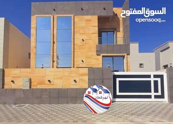 فيلا للبيع بعجمان منطقة الياسمين طابقين تصميم مودرن على شارع جار