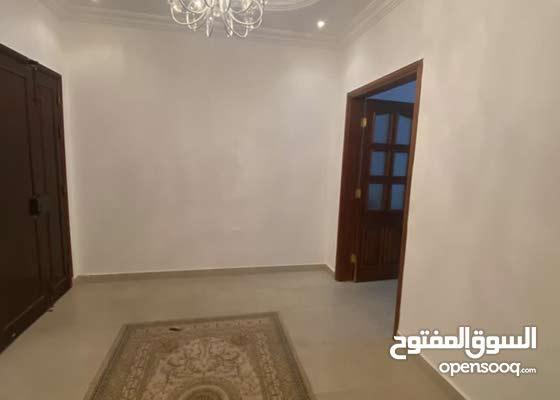 شقة ماشاء الله للبيع حجم كبيرة جهة جزيرة سوق الثلاثاء بالقرب من سوق الثلاثاء