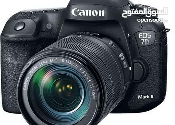 New  DSLR Cameras up for sale in Jeddah