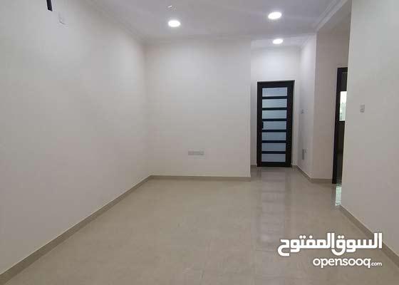 شقة سكنية راقية جدا للإيجار شاملة للماء والكهرباء بدون حد أقصى للاستهلاك