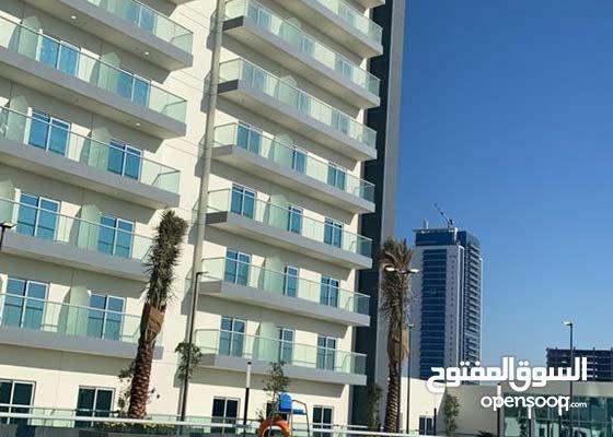 20065/ بقلب دبي للايجار باطلالة علي برج العرب