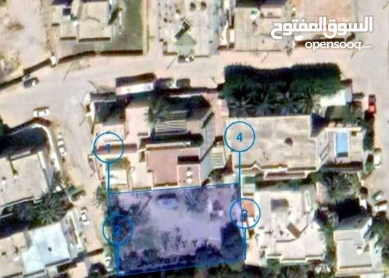 """قطعة أرض سكنية في السبعة """" خلف المدرار مول """" قرب مسجد صهيب ."""