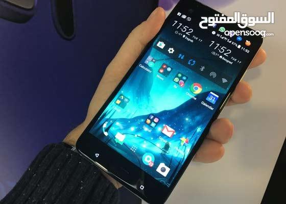 HTC u ultra للبيع