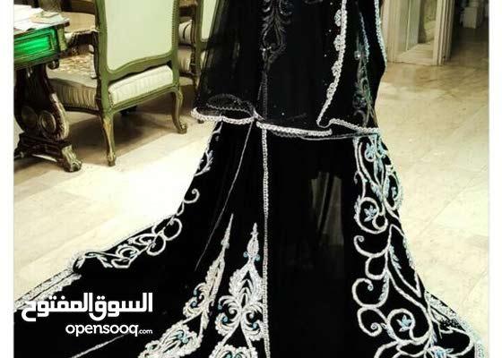 ثوب فخم ع شكل فستان