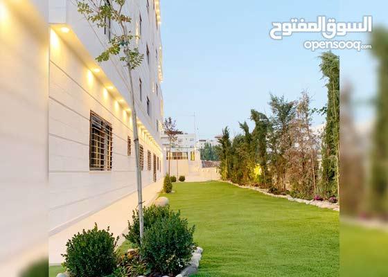شقة أرضية فاخرة للبيع في عمان الغربية ( إسكان المنصور )