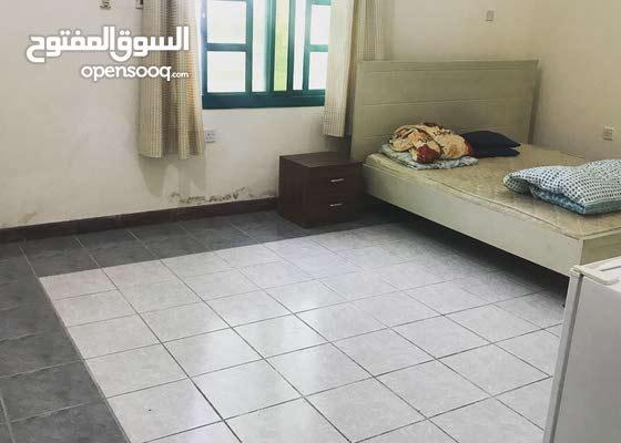 عاجل جدا جدا مطلوب غرفة للسكن  او استوديو مؤثتة ونظيفة والايجار يتفق عليه
