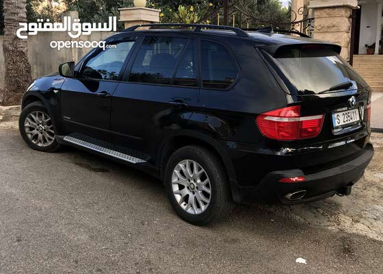 bmw X5 model 2009 automatic clean car leather sits