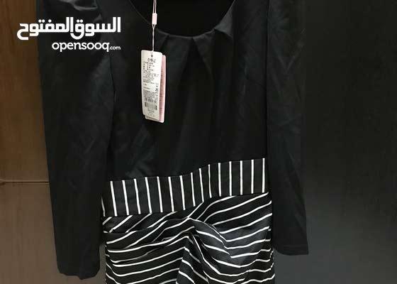 فستان اسود وابيض مخطط ب 20