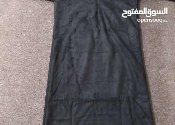 ثوب مغربي مبطن بفرو