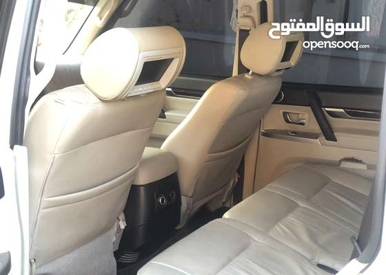 Mitsubishi Pajero 2012 3.5L GCC FULL OPTION  EXCELLENT  CONDITION