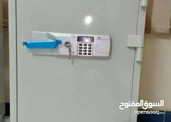 خزنه بويل حاصله علي شهاده وكيل معتمد