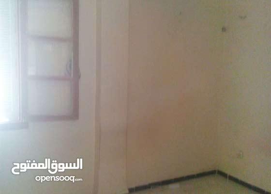 منزل للبيع f3  بمدينة اريس ولاية باتنة  نضيفة مفينية