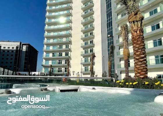10907/ غرفة وصاله بالايجار بالقرب من حديقة الزهور - دبي