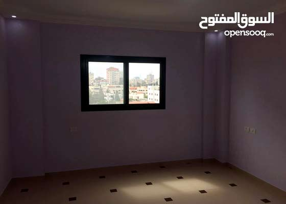 روف سكني 300 م للبيع او التبديل في غزة الرمال