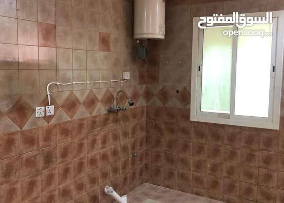 للايجار شقة مقابل بالاحمدية /  الرياض