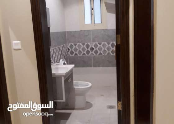 الصور توضح تفصيل الشقق من غرف ومساحه الشقه
