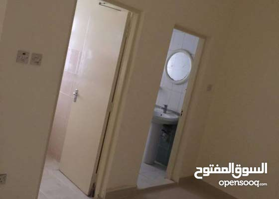 For rent semi furnished apartment in the Seef district