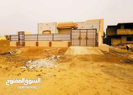 للبيع منزل في حي النصر مربع 26 ناصيه ميدانين