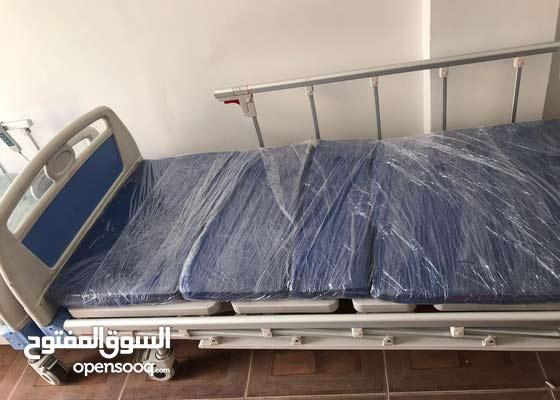 سرير طبي جديد للايجار