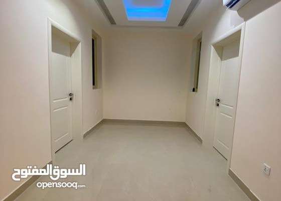 Separte block for rent Albarsha south -1