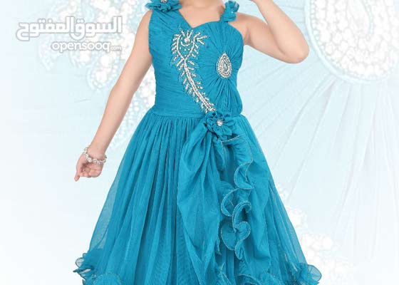 New 3 Gowns for kid 100 Aed only  CLEARANCE SALE