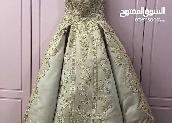 فستان ملكه استعمال مره واحده فقط