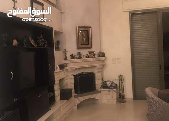 عمان الغربيه فيلا مستقله خاصه على شارعين