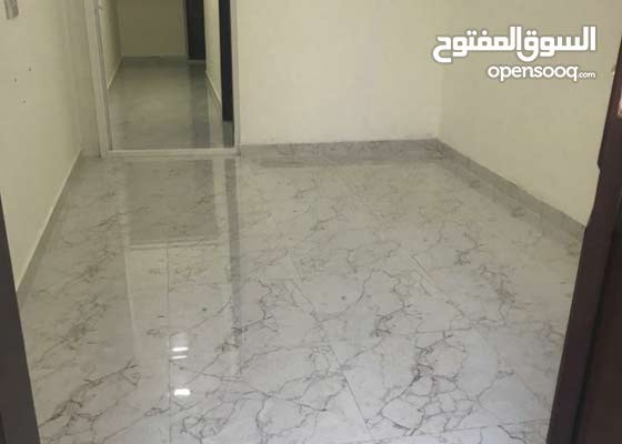شقة مكونة من غرفتين وصاله ومطبخ وحمامين مساحات واسعة في الفلاح الجديدة