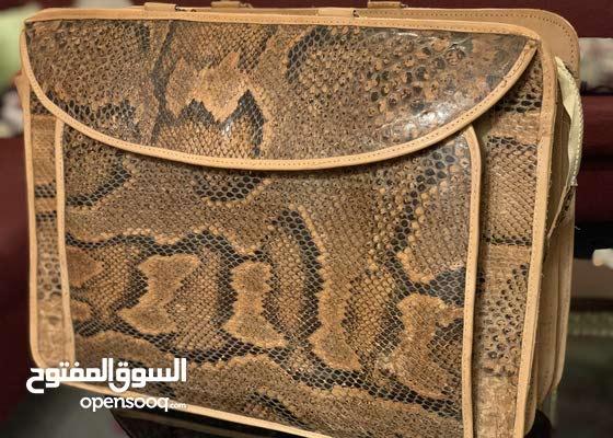حقيبة يدوية جلد ثعبان طبيعي ، صناعة يدوية من أفريقيا