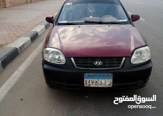 Hyundai Verna 2010 - Manual